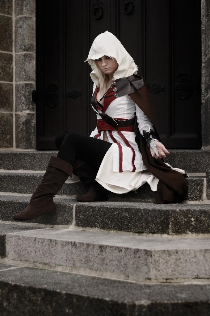 Alexa Karii - Fem Ezio cosplay 2