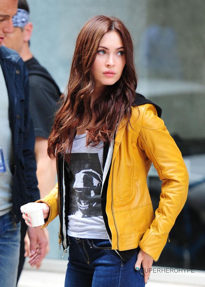 TMNT set photo - Megan Fox