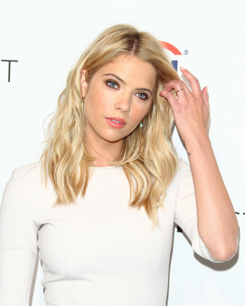 Ashley Benson Talks Chronically Metropolitan Dating: Casting Supergirl For The Upcoming TV Series