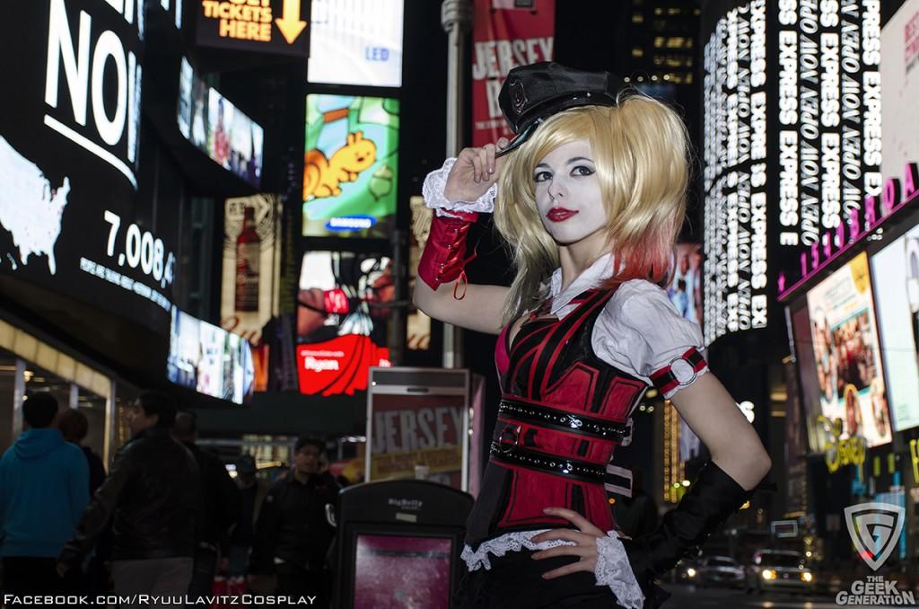 Ryuu Lavitz - Harley Quinn - Times Square - hat lights