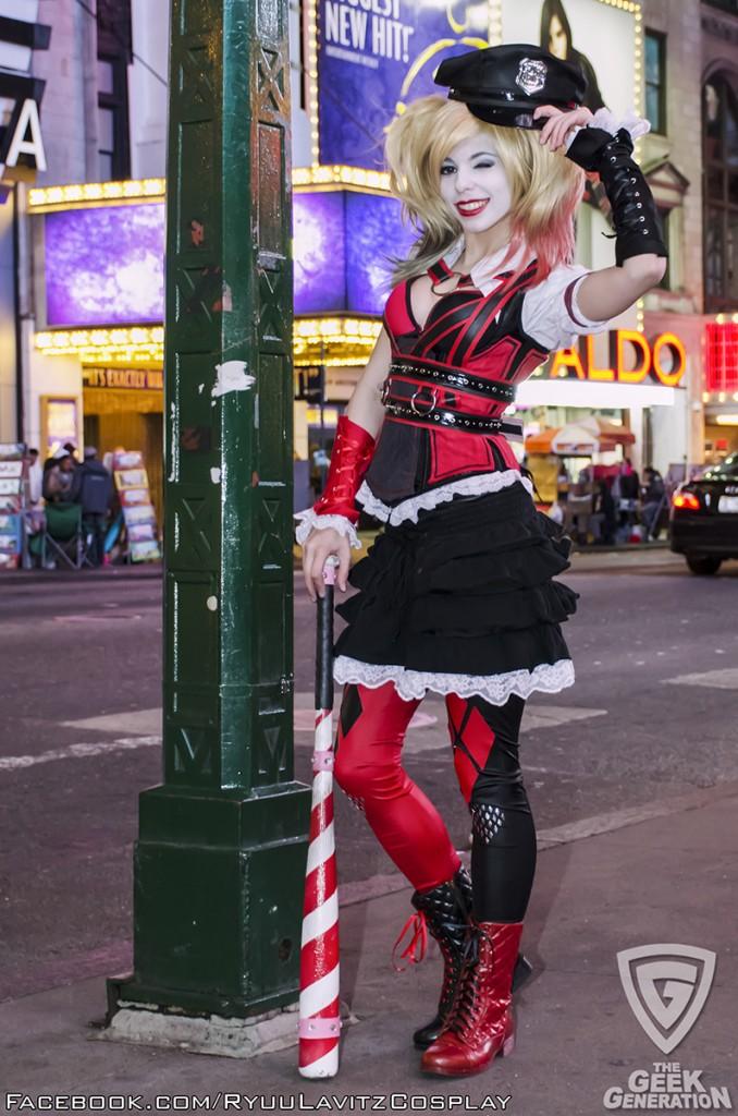 Ryuu Lavitz - Harley Quinn - Times Square - pole hat