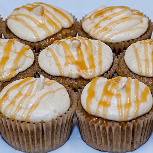 Caramel Apple cupcakes #cupcakes #baking #desserts