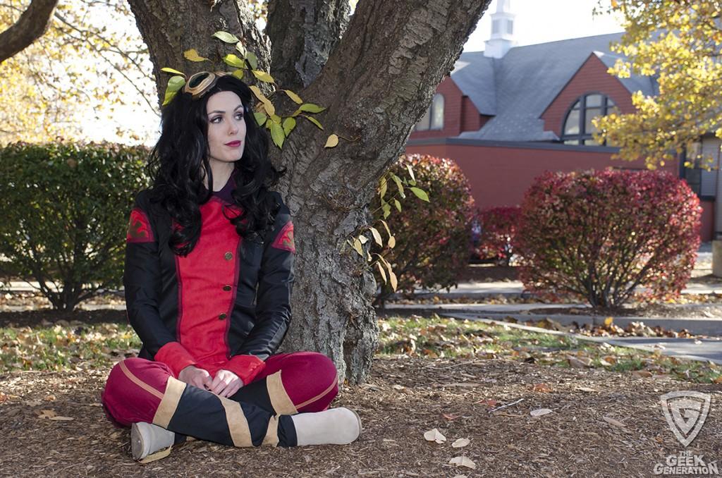 Kyla Cosplay - Asami - tree sitting