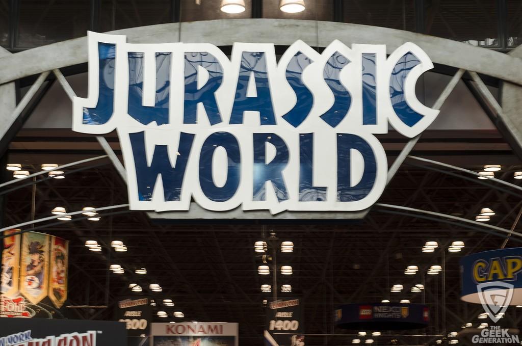 NYCC 2015 - Jurassic World sign