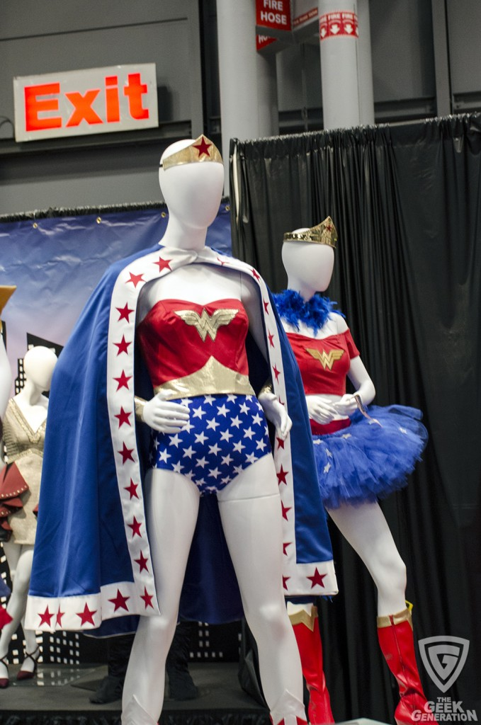 NYCC 2015 - Wonder Woman clothes